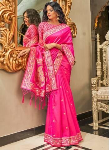 Pink Pure Silk Wedding Wear Traditional Weaving Saree