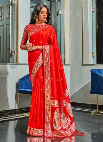 Red Pure Silk Wedding Wear Traditional Weaving Saree