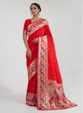 Red Silk Wedding Wear Fancy Weaving Saree
