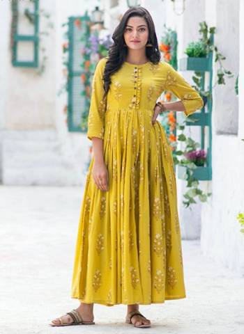 Yellow Pure Muslin Stylish Casual Wear Printed Work Gown