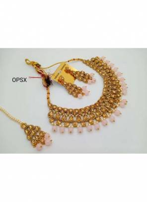 New Light Pink Pearls And Kundan Necklace Set